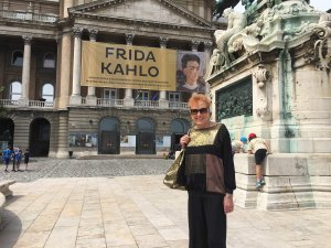 Frida Kahlo - Sondra Ray in Hungary